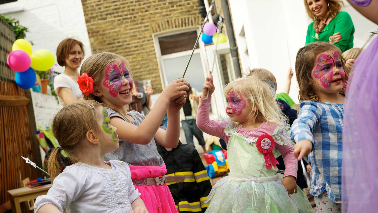 Children Entertainers/ Children Science Parties