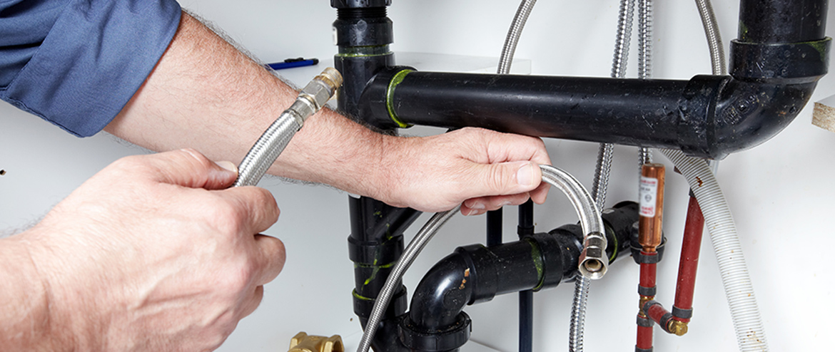 Finding A Plumber To Repair Your Business Plumbing
