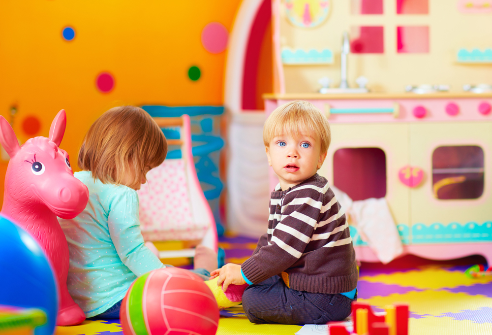 The Points To Ponder Over While Choosing A Daycare For Your Kids