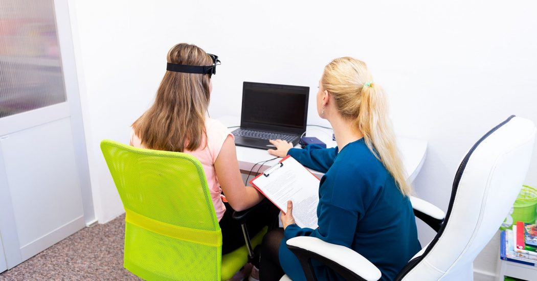 Impactful Ways That Neurofeedback Improves School Performance – READ HERE