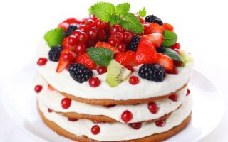 Way2flowers's Fruit Flavoured Cakes Impress And Please Every Guest