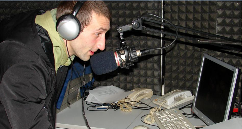 Access The Best Radio Station For Enjoying The Quality Music