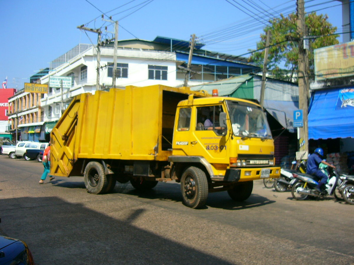 Get Your House Rubbish Free With The Right Waste Removal Companies