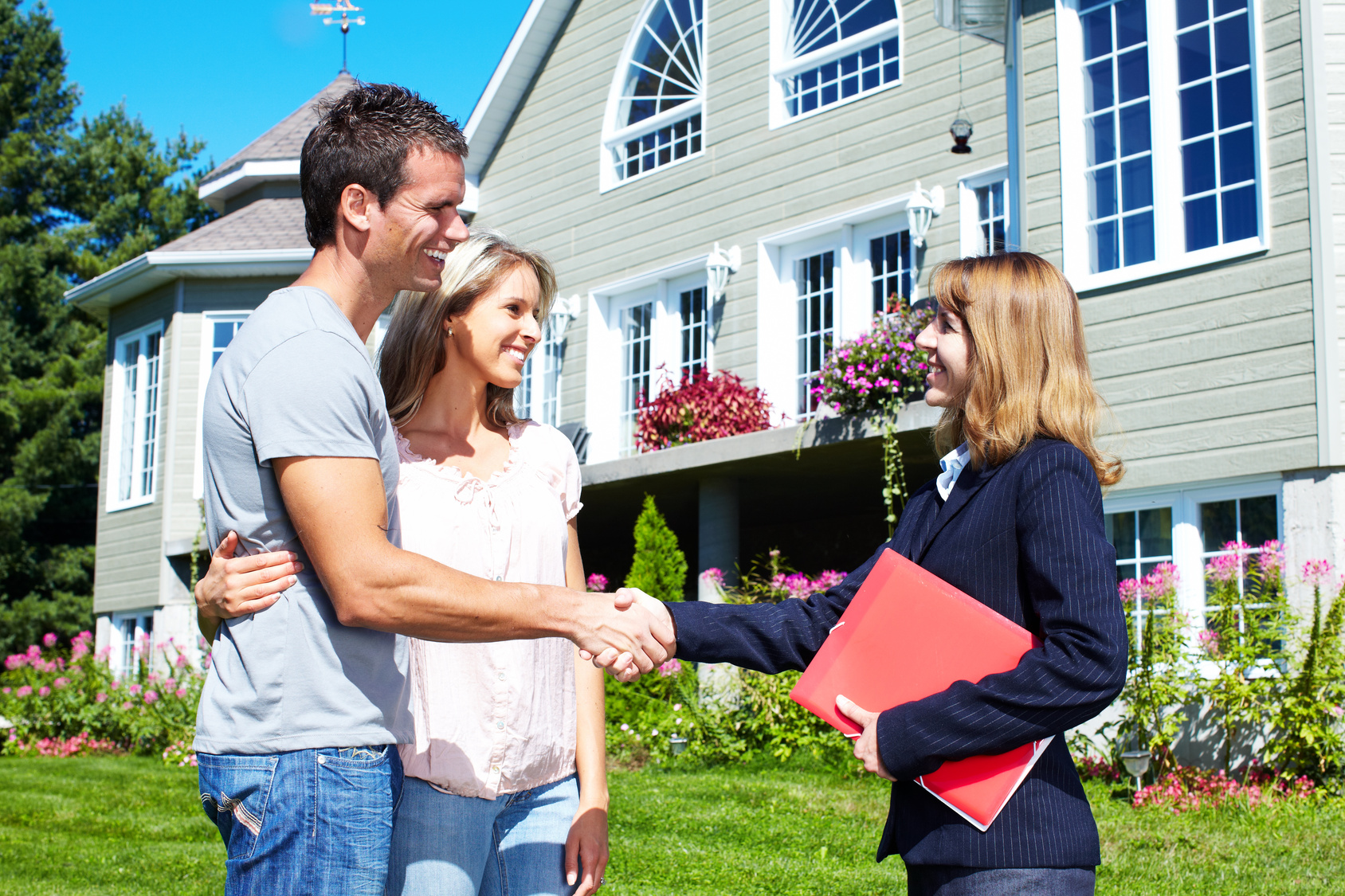 Why To Hire Experienced Real Estate Agents?