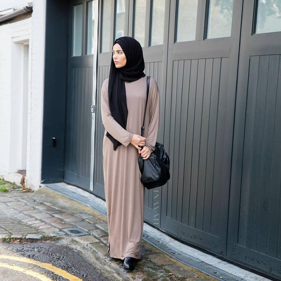 Your Abayas Can Enhance Your Personality