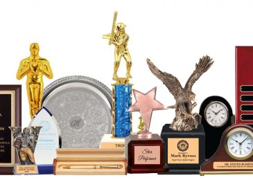 Tips For Choosing Custom Acrylic Awards