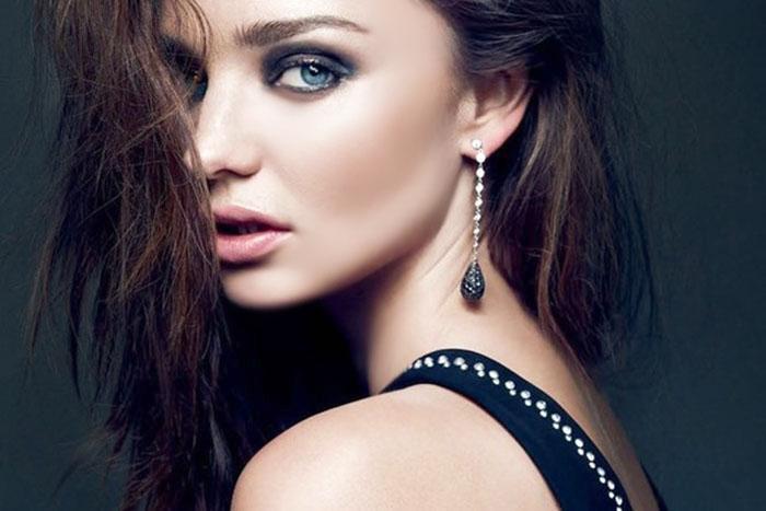 Splendid Diamond Earrings For Women
