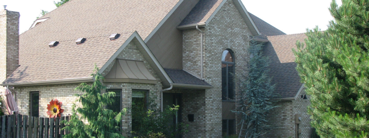 Avoid Leaking Problems By Hiring The Best Roof Repair Experts