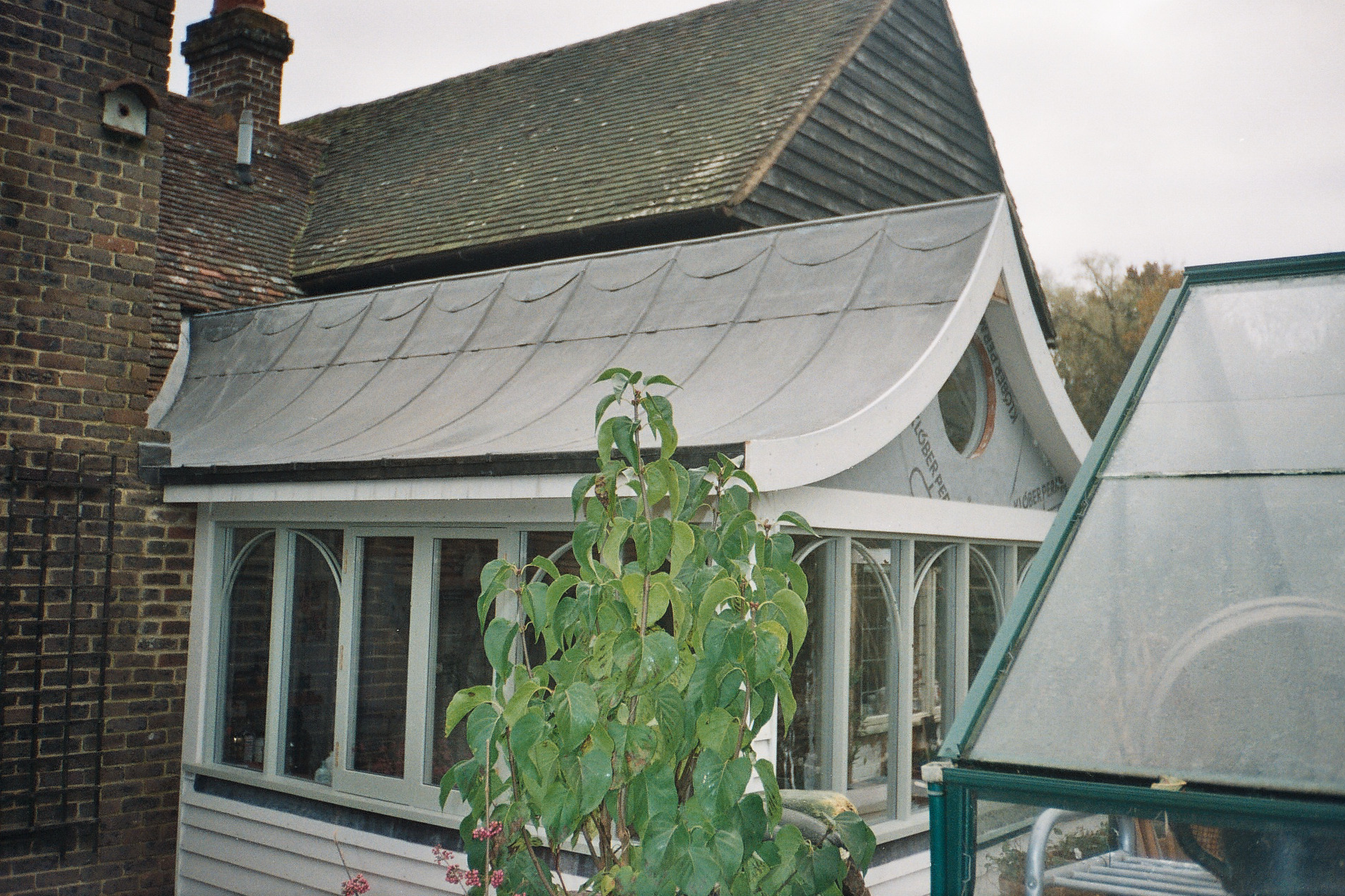 Several Benefits Of Rubberbond Roofing Surrey