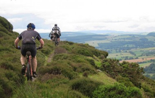 shropshire-hills-mountain-01