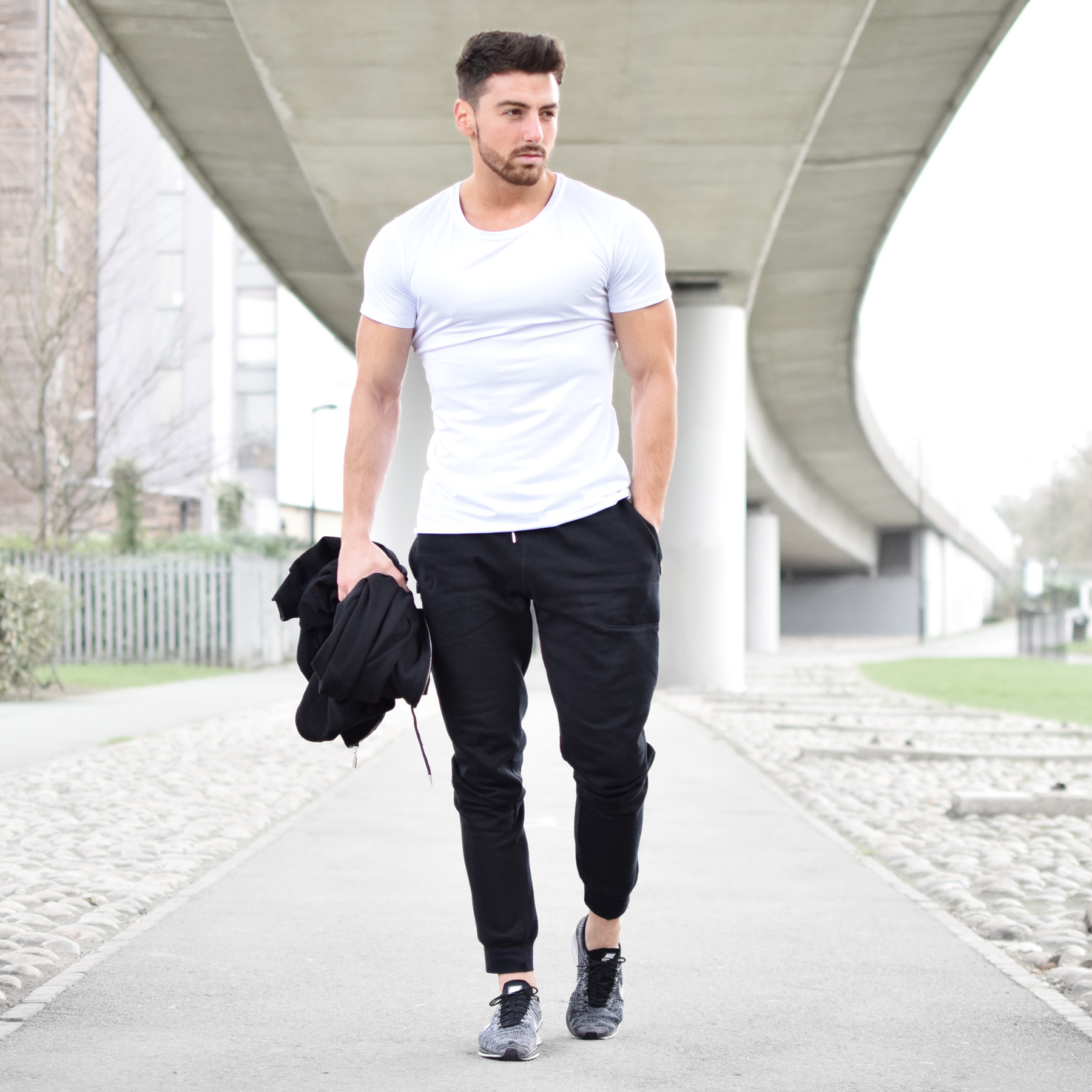 Elegant T-Shirts- Every Man Should Keep In His Wardrobe